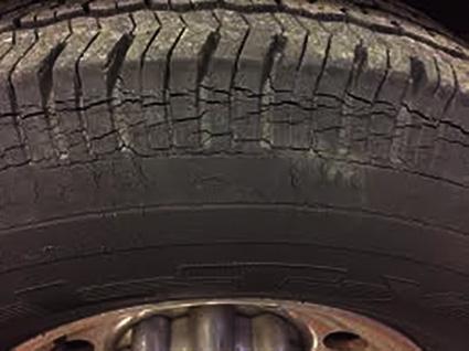 tyretips-cracks